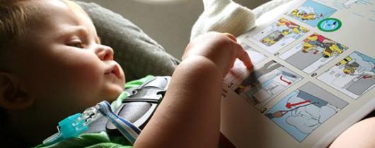 'Авиапутешествие с младенцем: как обеспечить ребенку и себе комфорт?