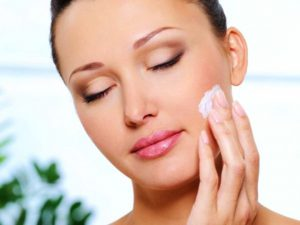 Уход за кожей: питательный крем