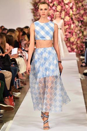 Модный тренд года – кроп-топ