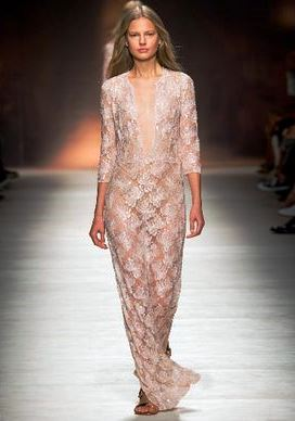 Прозрачное платье 2015