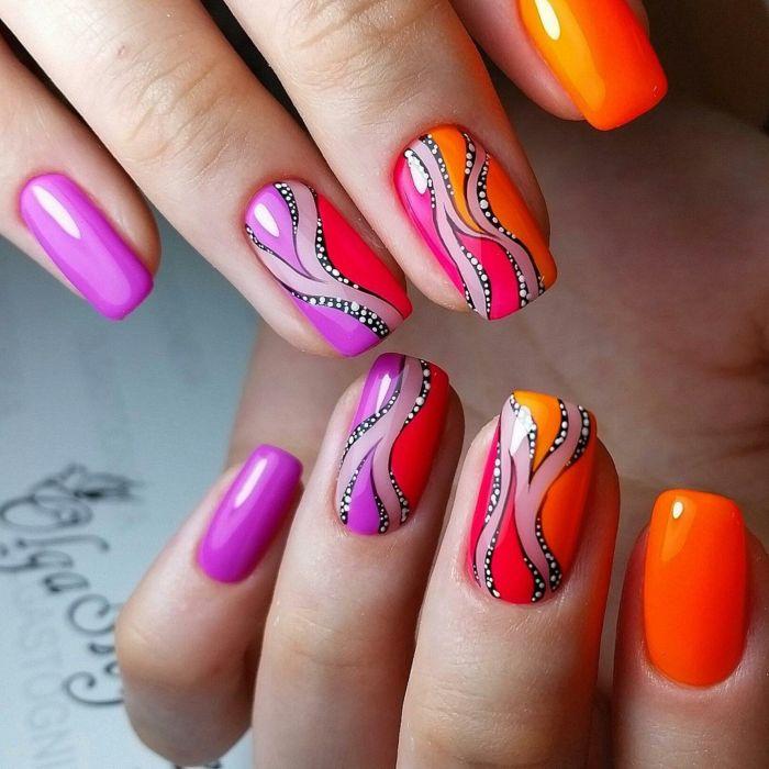 Фиолетовый маникюр с оранжевым гель-лаком