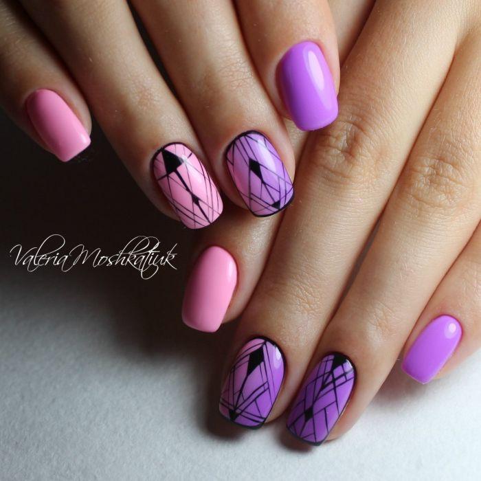 Фиолетовый маникюр с розовым гель-лаком