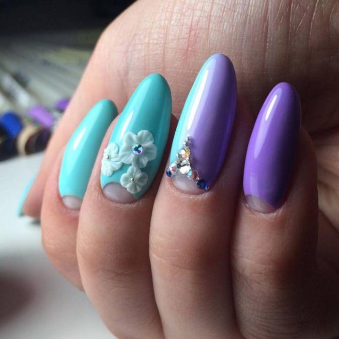 Фиолетовый маникюр с голубым гель-лаком