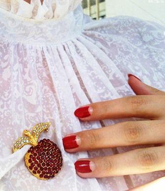Свадебный маникюр ретро