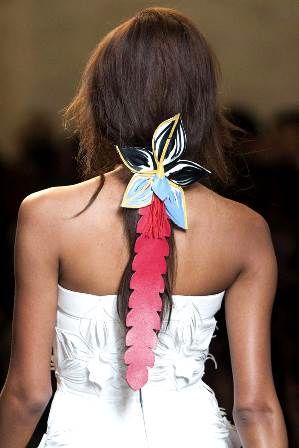 аксессуары для волос: абстрактные украшения