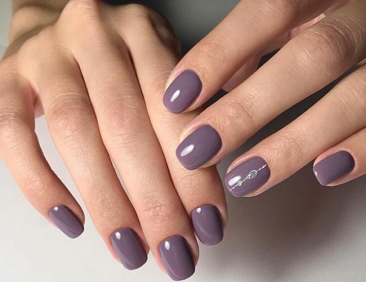 Маникюр на короткие ногти: однотонный (фото)