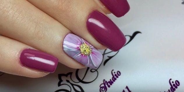 Маникюр с цветком на 8 марта, пошаговое фото