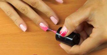 Розовый маникюр (фото)