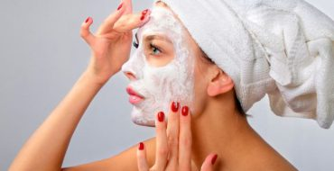 Уход за лицом – маски в домашних условиях