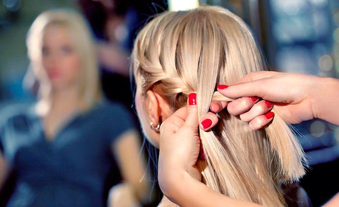 pricheski-na-srednie-volosi-02 Прически на средние волосы: 100 фото самых стильных укладок