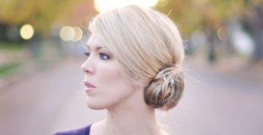 """Легкие прически на средние волосы: летние и """"под шапку"""""""