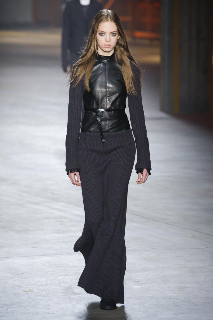 Модные платья осень-зима Diesel Black Gold