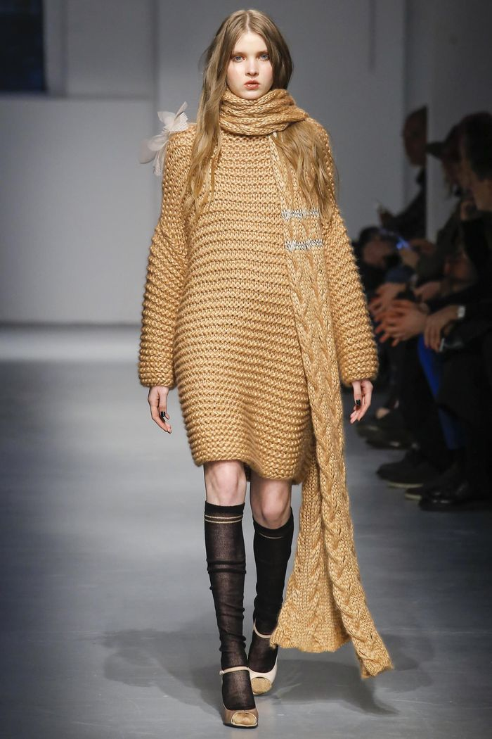 Модные платья осень-зима Les Copains