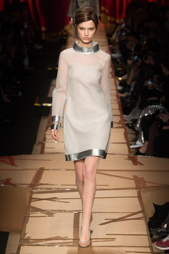 Модные платья осень-зима Moschino