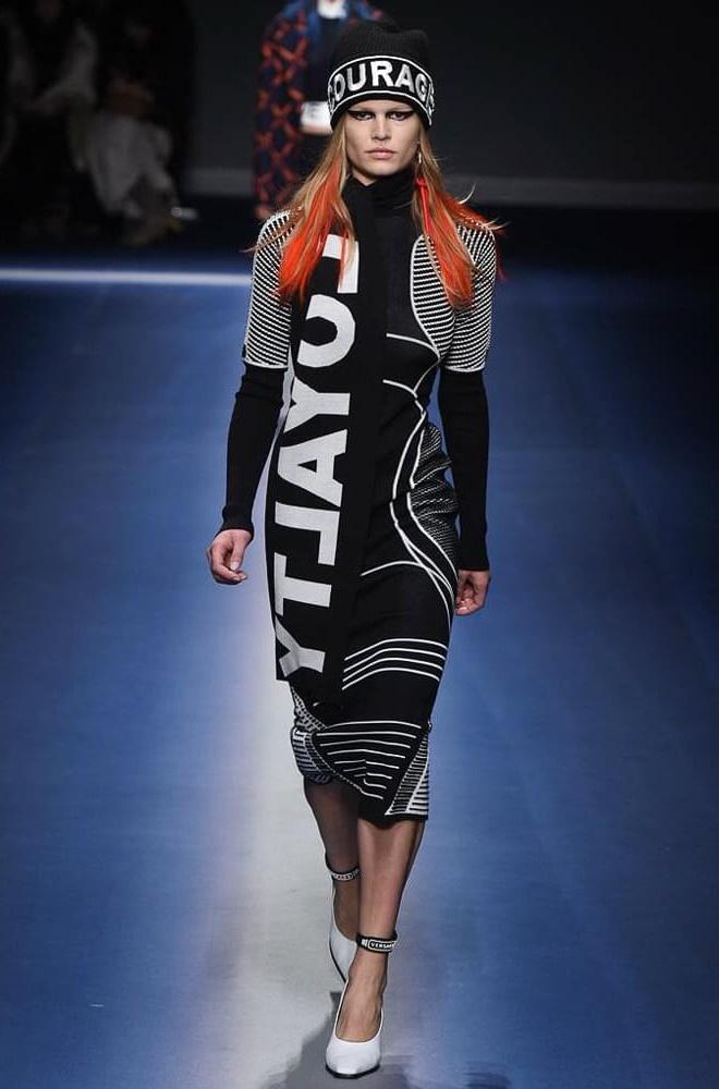 Модные платья осень-зима Versace