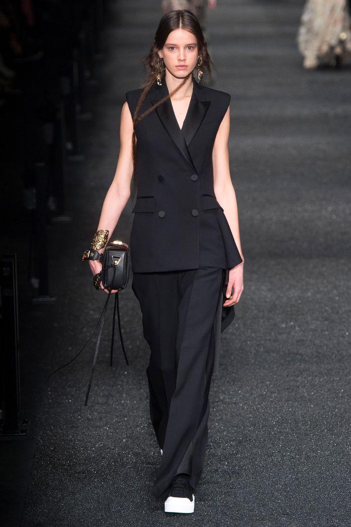 Модные брюки коллекция осень-зима 2017-2018 Alexander McQueen