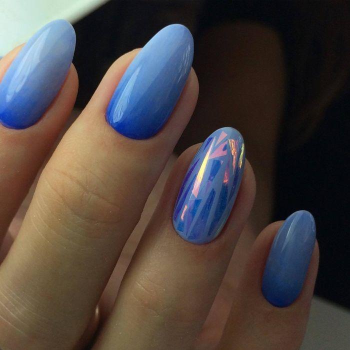 Дизайн битое стекло гель-лаком на ногтях с градиентом