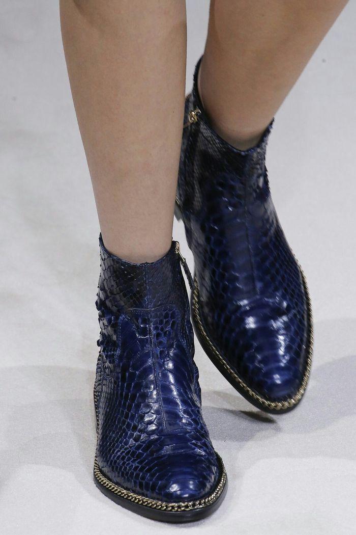 Модные цвета женской обуви