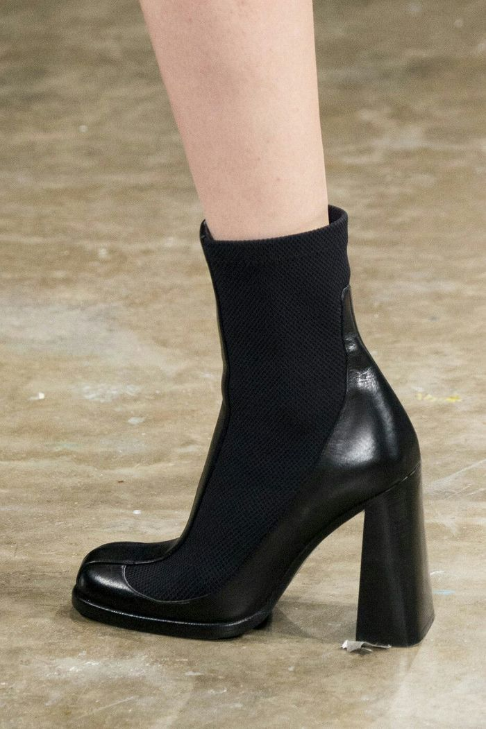 Модная обувь: ботинки и ботильоны челси, коллекция осень-зима 2017-2018