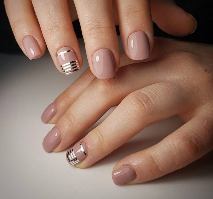 Маникюр на короткие ногти с покрытием шеллак: фото 2018 года