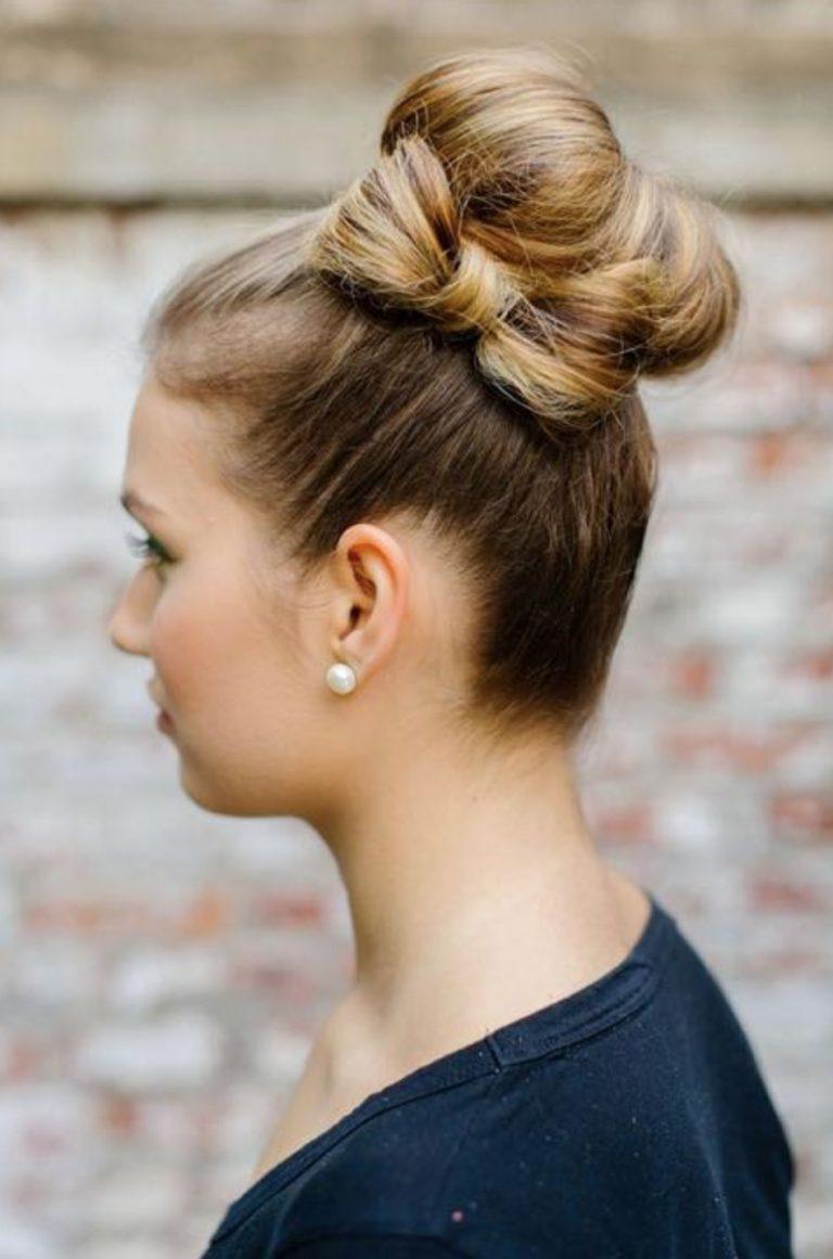 Бантик на средние волосы, фото