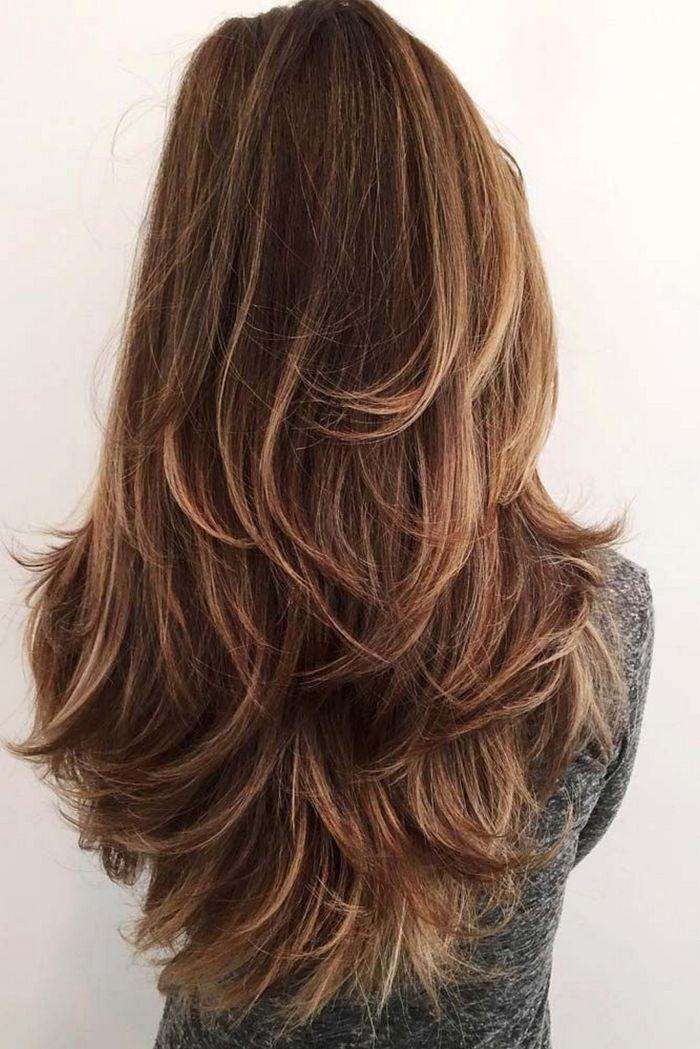 Каскад на длинные волосы, вид сзади