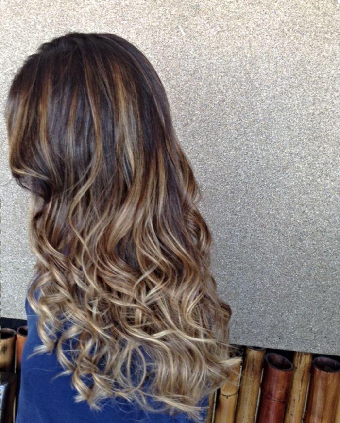Окрашивание Фламбояж на длинных волосах: симбиоз мелирования и омбре