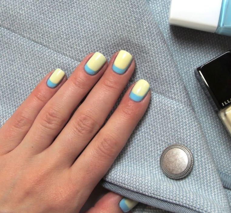 Маникюр голубой с желтым гель-лаком
