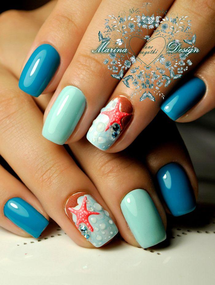 Морской голубой маникюр на лето