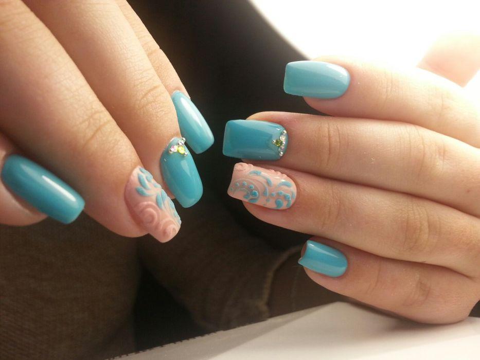 текстурированный голубой дизайн ногтей