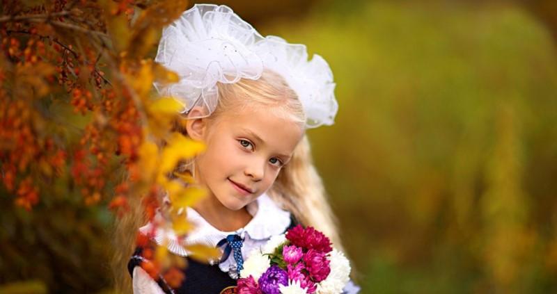 pricheski-na-1-sentyabrya_1 Прически на 1 сентября для девочек с 1 класс по 11 класс, фото