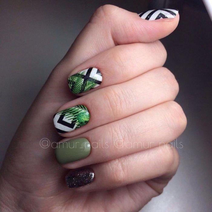 Летний зеленый маникюр