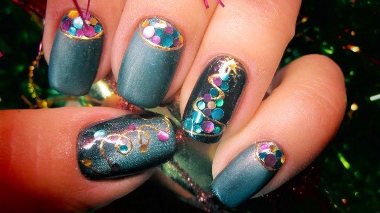Красивые елочки на ногтях, фото
