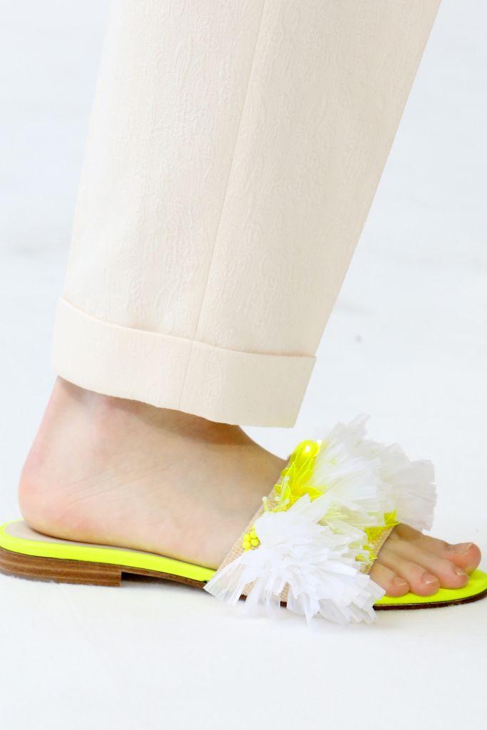 Обувь из новой коллекцииThom Browne