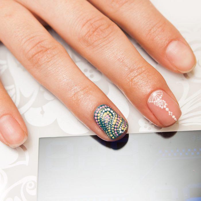 Фото простого маникюра на короткие ногти
