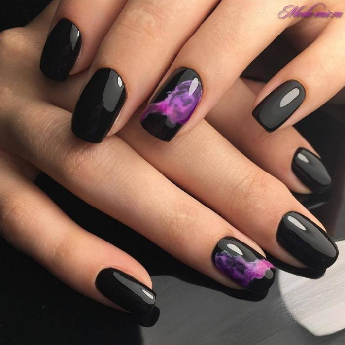 Дизайн ногтей темных тонов