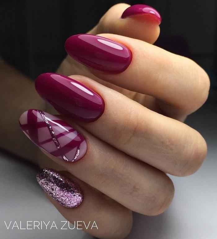Рисунок на ногтях красного с золотом 97