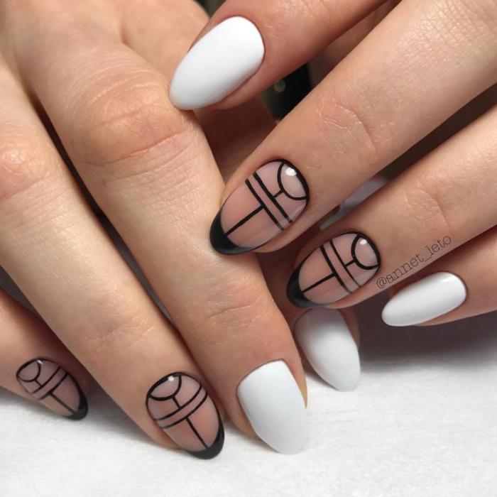 Ультрамодный черный дизайн ногтей