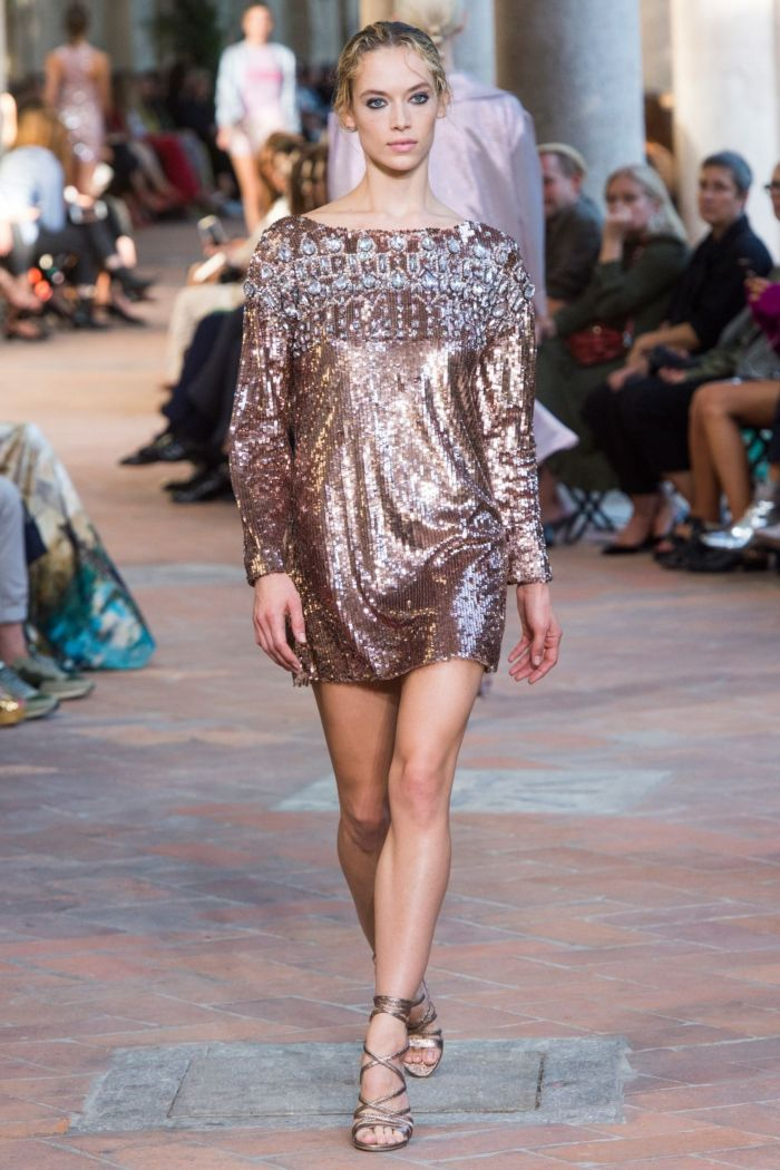 Вечерние платья из коллекции Alberta Ferretti