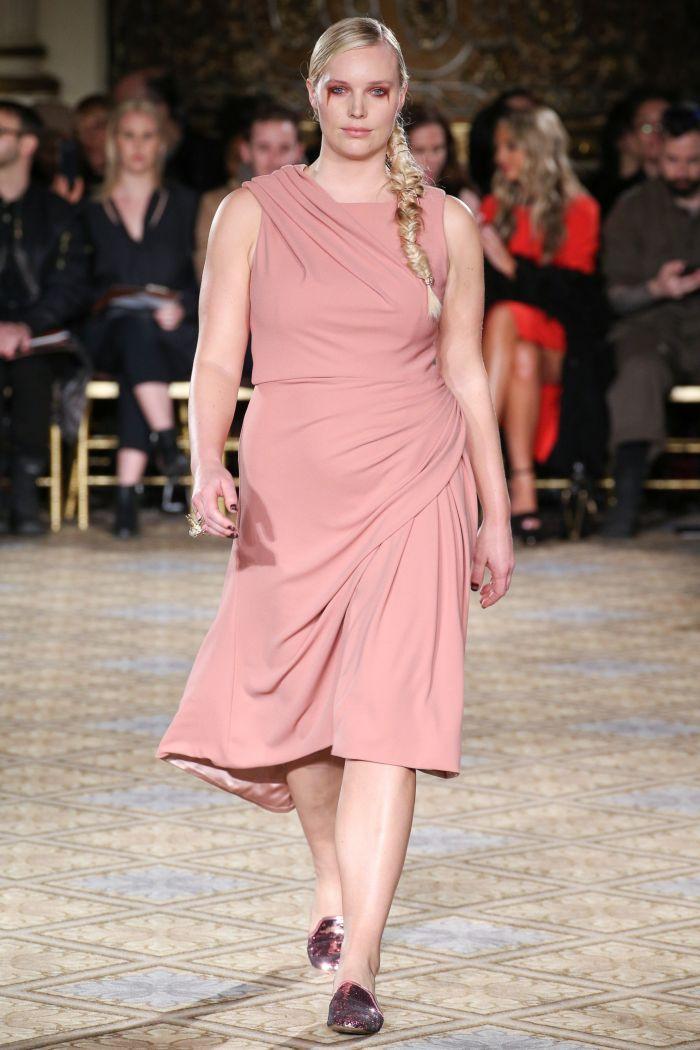 Платье для полных из коллекции Коллекция Christian Siriano