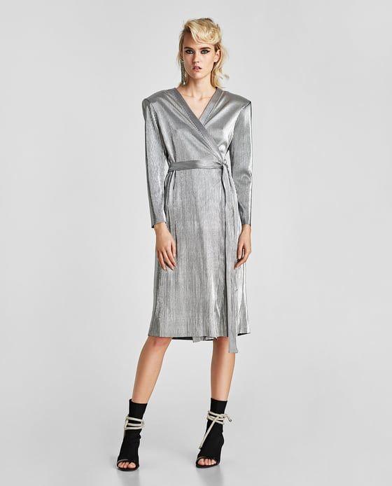 Платья для Нового года в Zara