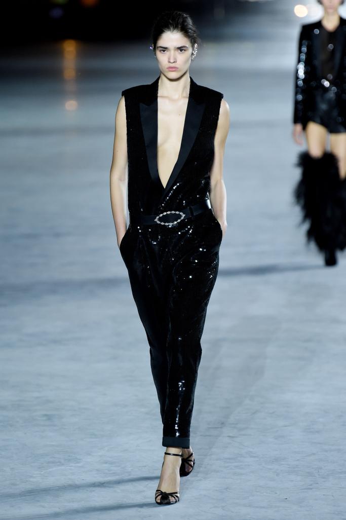 Модный комбинезонSaint Laurent