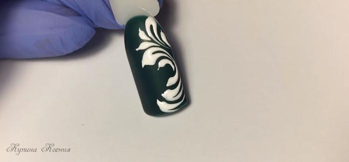 Вензеля на ногтях. Дизайн № 3