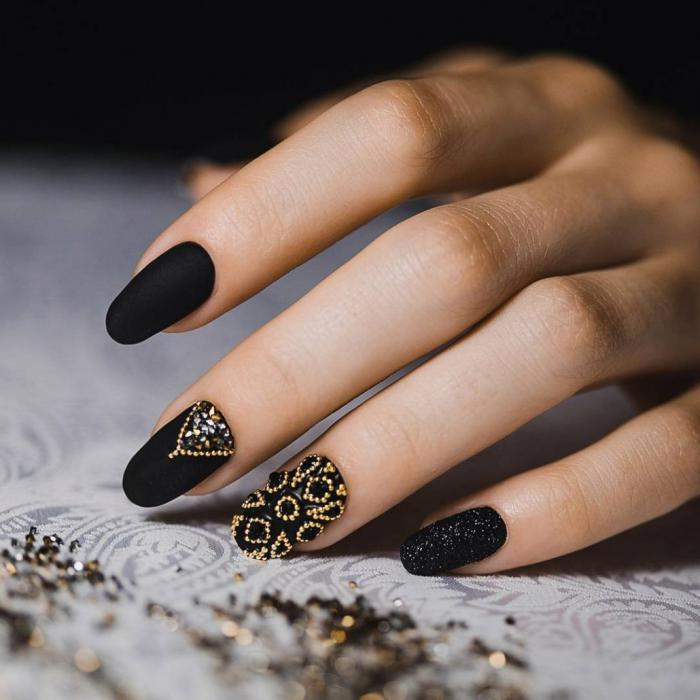 Дизайн ногтей на Новый год 2019: все новинки дизайна и фото
