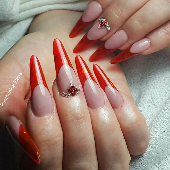 Дизайн формы ногтей стилет, фото