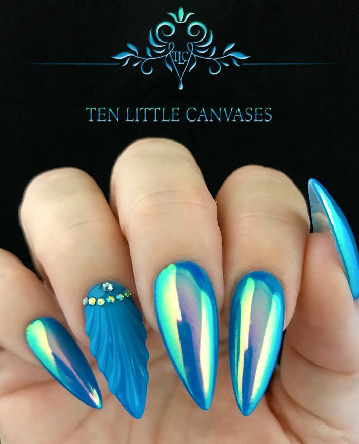 Маникюр на острую форму ногтей