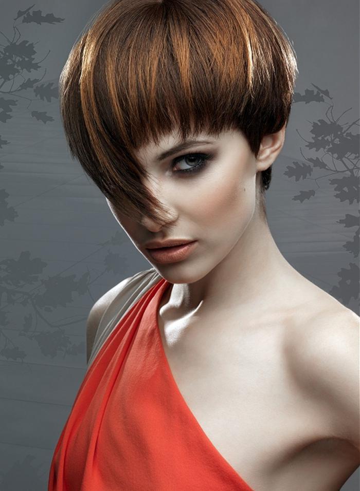 kreativnye-strizhki-samye-stilnye-sa-5 Корейские стрижки (68 фото): особенности стиля оформления волос для девушек, популярные прически кореянок на короткие женские волосы