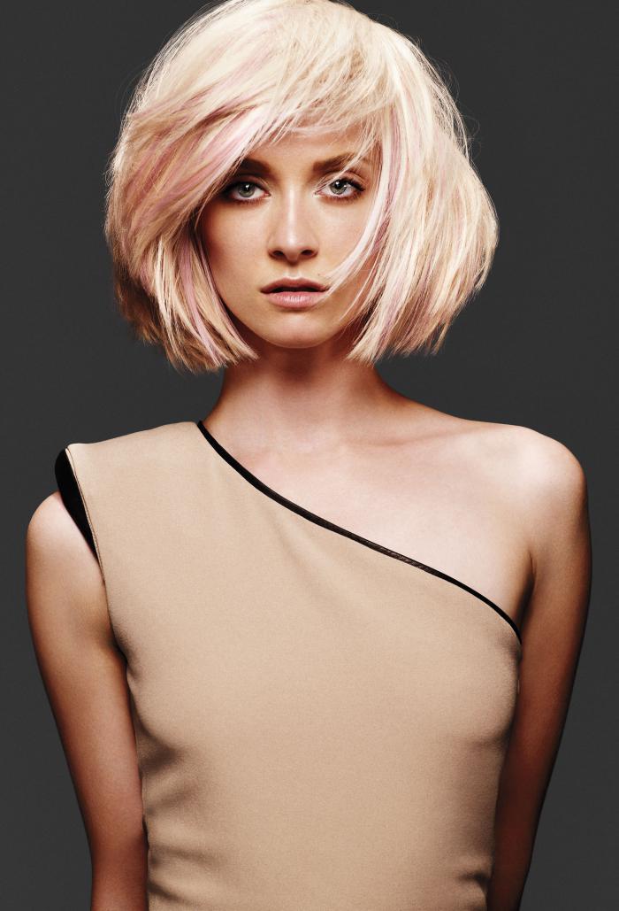 Модные короткие стрижки для блондинок