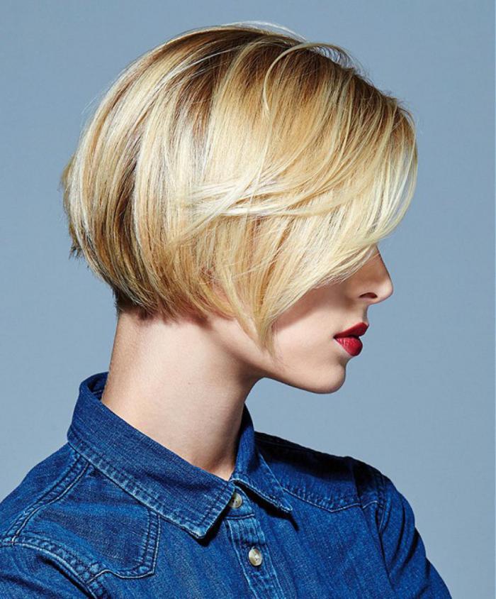 Короткие асимметричные стрижки боб для светлых волос