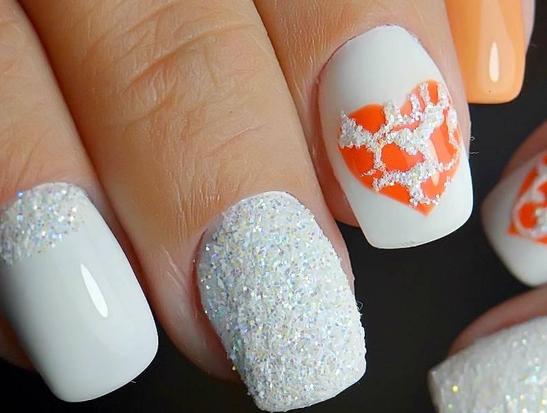 Как сделать маникюр с сердечками на короткие ногти френч, со стразами, с точками?